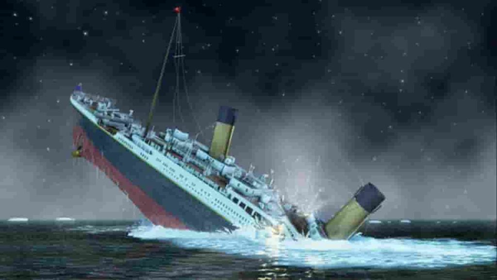 information about titanic ship in hindi